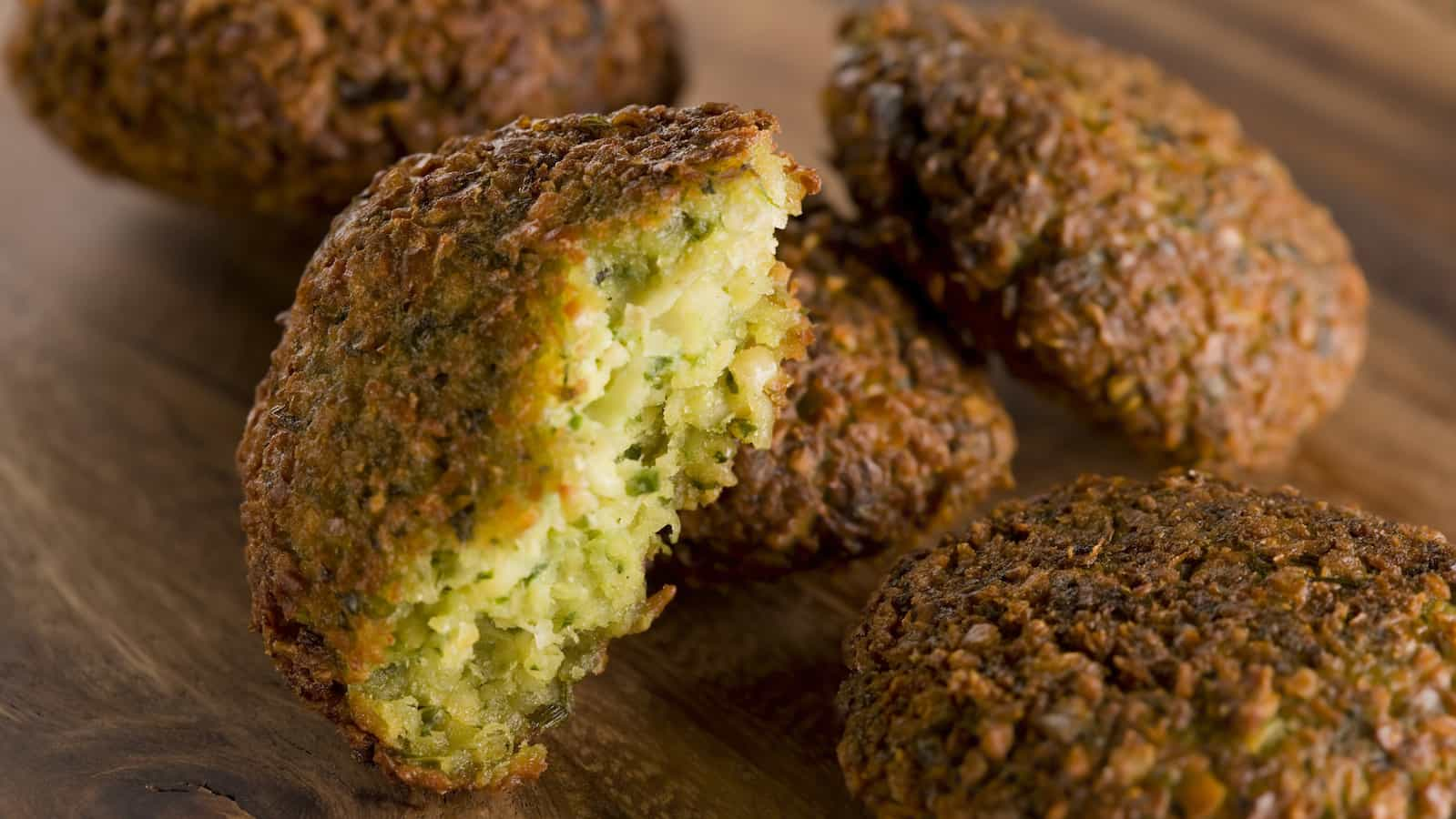guided tours in israel-falafel in israel